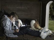 Familjefokus i Viasats nya reklamkampanj