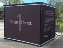 Den första september invigs Möckelngymnasiets kub för mänskliga rättigheter i Kungsträdgården