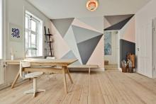 Måla ett eget stort grafiskt mönster på väggarna