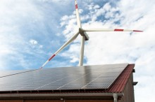 Nogle støtteordninger for vedvarende energi sættes midlertidigt i bero