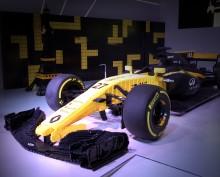 Renault Sport F1 Team ®  och LEGO®  på L'Atelier Renault i Paris
