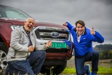 Egy norvég páros új világrekordja:  Több mint ezer mérföld egy pickuppal – egyetlen tankkal!