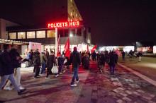 Hyresgäster i protest mot ombildning i Hammarkullen