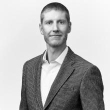Johan Mesterton disputerar på variationer i förlossningsvård
