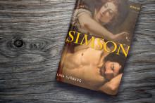 En unik bild av mytens Simson i ny roman