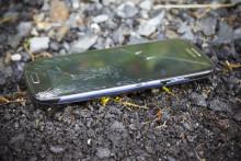 Joka neljäs suomalainen hajottaa vuosittain älypuhelimensa