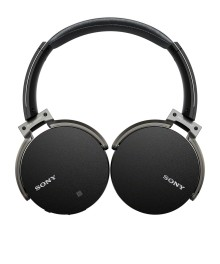Easy listening: free yourself with new Bluetooth®    wireless headphones from Sony