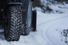 Världens första traktordäck för vinterentreprenader rullar in på MaskinExpo