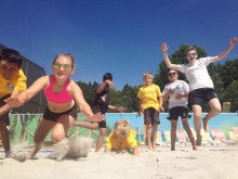 Sommarskola i beachvolley för barn