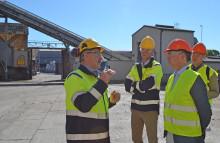 Industrins betydelse i fokus när näringsministern besökte Cementa i Slite