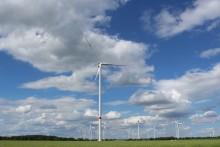 Tysk vindmøllestrøm fra EnergiMidt til 11.000 danske husstande