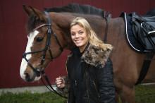 Gry Forssell gör podcast om hästar