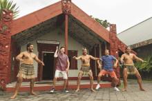 Um die Welt tanzen und 2.000 € gewinnen – Video Contest für Abiturjahrgänge hat begonnen