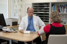 Atrian johtava työterveyslääkäri Timo Kinnunen sai Työterveysteko -palkinnon