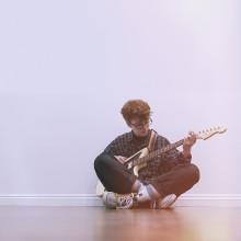 Cavetown – ukulele møder electronica hos YouTube-stjernen