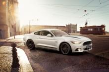 Ford esittelee Mustang Black Shadow Edition- ja Mustang Blue Edition -erikoismallit