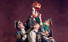 Absurd komedi om makt och svek startar teaterhösten
