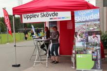 Next Skövde informerar Skadevi Cups besökare om Skövde