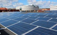 Akademiska Hus största solcellsanläggning installeras i Uppsala
