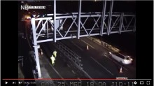 Video: Not so smart motorway driver ignores road closure