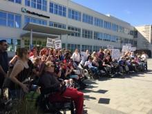 Demonstration för att rädda assistansen för oss som behöver den mest