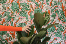 Flowery, colourful and big – new trendy wallpaper motifs from Iwa Herdensjö