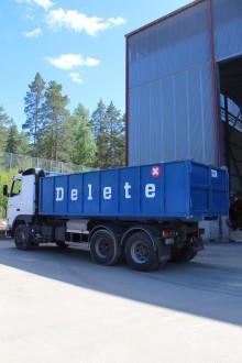 Kiinteistö talviteloille – jätelavat syksyn talkoisiin Deleteltä