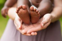 Adopsjonsprosessen - ei papirmølle på bekostning av barna?