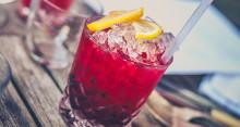 Gör alkoholfria drinkar till nyårsfesten