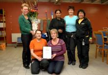 Skellefteå kommuns städavdelning fick pris för bästa arbetsmiljöidé