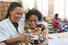 Köp en förlossning i morsdagspresent och rädda liv!