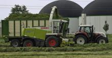Presseinformation: Erntezeit: Bayernwerk bittet Landwirte um Vorsicht bei der Arbeit unter Stromleitungen - Arbeitssicherheit hat beim Stromnetzbetreiber höchsten Stellenwert