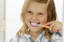 Fluoride in Zahnpasta schützen vor Karies