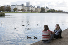 Unge LGBT-personer skal have bedre psykiske vilkår i Danmark