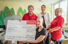 Santander unterstützt Berliner Förderverein krebskranker Kinder mit 5 000 Euro