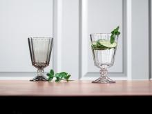Klare Linien und eine feine Schliff-Optik – Opéra und Opéra Smoke: Elegante Trinkgläser für stilvolle Tischgestaltungen