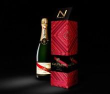 Streetwearmärket New Black designar förpackning åt klassiska champagnehuset Maison Mumm