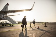 Marginal nedgang i flytrafikken i oktober