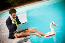 Sådan lader du arbejdet blive hjemme fra ferien