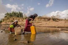 Vårt vattenavtryck bidrar till att världens fattigaste inte har rent dricksvatten - visar ny rapport från WaterAid