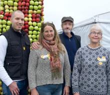 Skånska biodlare bjöd på Honungsbar och pratade pollinering