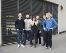 """SVØMMEBASSENG - """"BLÅ PLANET"""" - FØRSTE SINGEL OG MUSIKKVIDEO FRA KOMMENDE ALBUM"""