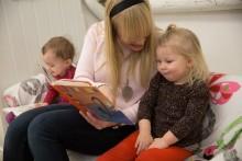 Fler behöriga barnskötare i förskolan med ny utbildning