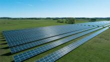 Största solcellsparken håller i 40 år