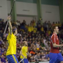 Sverige klart för VM - i kokande arena