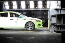 Neuer Ford Focus: 5 Sterne-Top-Ergebnis bei Euro NCAP dank neuer Schlittentestanlage im Ford Crash-Labor