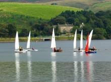 Autumnal entertainment at Hollingworth Lake