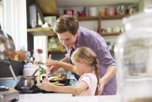 Få børnene med i køkkenet med fars livretter