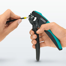 Crimping pliers with rotating die