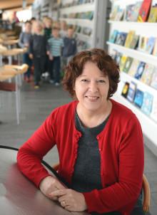 Anna Hansson-Bittár är den första mottagaren av det Sveriges stora Skolledarpris på 100 000 kronor